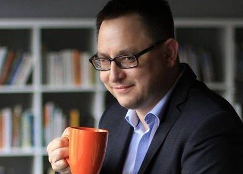Jak pisać skuteczne oferty aby klienci kupowali – Darek Puzyrkiewicz