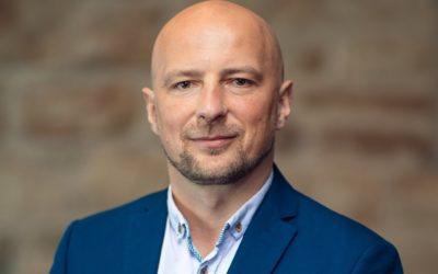 BC021: Pracownika czy Wspólnika do firmy? Za co Piotr Lugowski pokochał rolety!